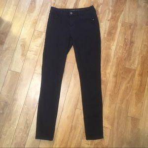 SALE 3/$20 Old Navy rockstar jeans